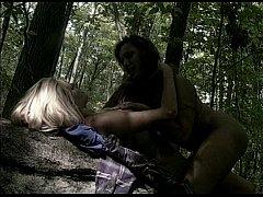 eroticheskoe-video-iz-filma-foto-muzhika-ebut-paltsem