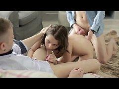 Секс с красивой порнозвездой