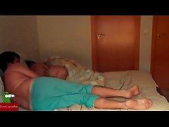 В спальне родителей порно онлайн