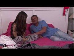 smotret-onlayn-porno-filmi-konchayut-vnutr-krasnaya-i-krasniy-porno