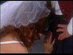 Порно трахнули невесту на троих в лесу онлайн, подборка сперма на лице красивым девушкам