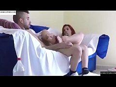 Порно рыжая с дынями