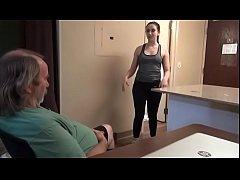 Полнометражный порнофильм в спортзале