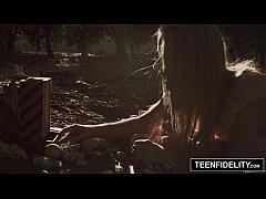 Шел по лесу случайно увидел девушку и трахнул ее — photo 9